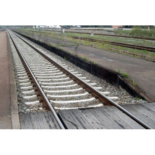 Platform edge, wooden - [SP9-0201]