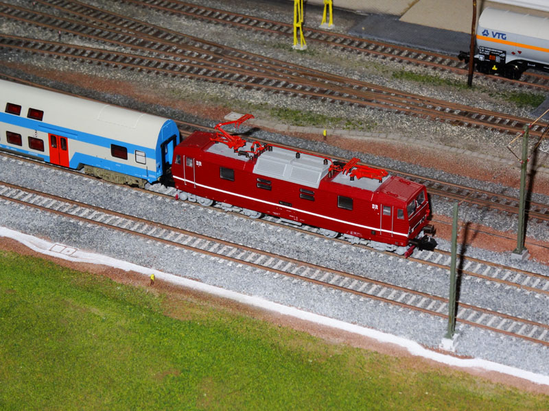 Electric locomotive DR class 180 - [11002]