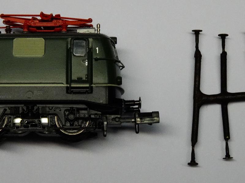 Bumpers for Fleischmann Locomotives - [13142]